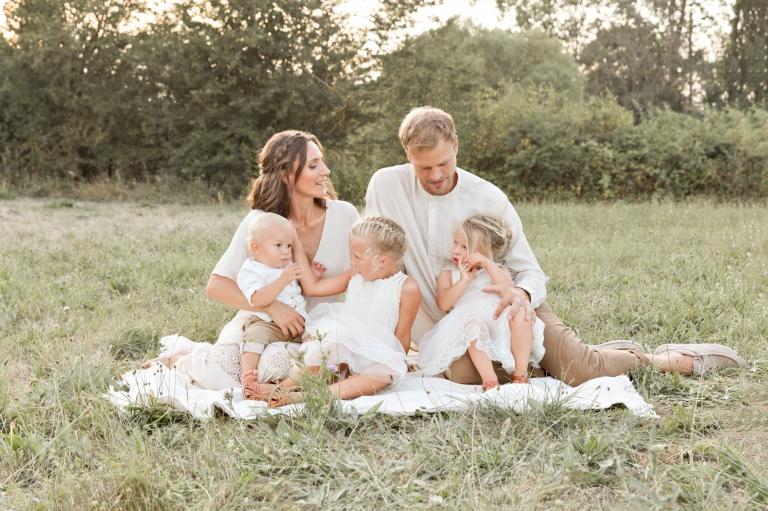 Liebevolle Familie | Catherine Schmitt Portrait | Familienfotograf Bamberg // www.catherineschmitt.de